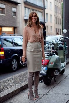 33 Ways to Wear a Pencil Skirt to Work: Inspired by Carine Roitfeld PracticallyFashion.com