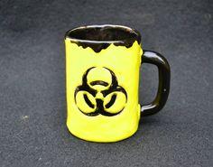 Kubek biohazard.