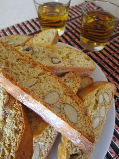 Cantucci, Cantuccini o Biscotti di Prato alle mandorle (Toscana, Italia)