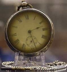 Funny pictures about Pocket watch retrieved from a Titanic victim. Oh, and cool pics about Pocket watch retrieved from a Titanic victim. Also, Pocket watch retrieved from a Titanic victim. Rms Titanic, Titanic Ship, Titanic Photos, Titanic Wreck, Titanic Museum, Titanic Boat, Titanic Sinking, Titanic Movie, Belfast