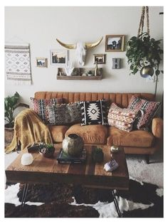 Decor, Apartment Decor, Western Living Rooms, Living Room Decor Modern, Living Room Decor Rustic, Western Living Room Decor, Modern Boho Decor, Western Home Decor, Boho Living Room