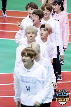 "BTS at 2017 ""Idol Star Athletics Championships"" [170116]"