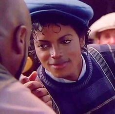 Say say say... Um, no... don't say nothing.. just kiss me baby and tell me twice that you're the one for me ❤