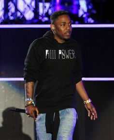 Kendrick Lamar swagg'd out on stage. Gotta grab this jacket #sick