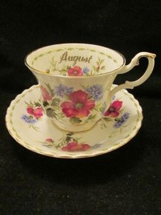 Royal-Albert-Teacup-Saucer-Flower-of-the-Month-Series-Poppy-August-Bone-China-UK