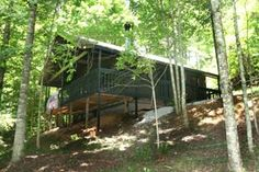 "$99. - 3 night min. very secluded. ""Cub's Den"" Chalet in Gatlinburg, TN"