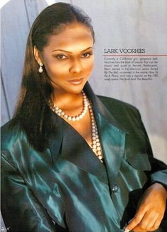lark voorhies height