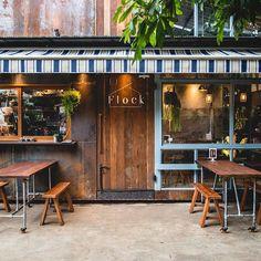 Small Coffee Shop, Coffee Store, Coffee Cafe, Hut House, Cafe House, Cafe Shop Design, Mini Cafe, Cafe Concept, Shop Facade