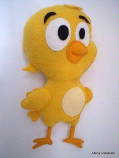 boneco de feltro da turma da galinha pintadinha, todo feito a mão, com 21 cm de altura total e 18,5 cm de corpo R$ 25,00