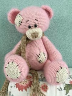 Mesmerizing Crochet an Amigurumi Rabbit Ideas. Lovely Crochet an Amigurumi Rabbit Ideas. Teddy Bear Patterns Free, Crochet Bear Patterns, Amigurumi Patterns, Crochet Gratis, Cute Crochet, Crochet Dolls, Beautiful Crochet, Stuffed Toys Patterns, Crochet Projects