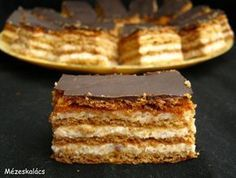 Mézeskalács konyha: Diós-tejfölös süti Advent 1. vasárnapjára Hungarian Desserts, Hungarian Cake, Hungarian Recipes, Sweets Recipes, Cake Recipes, Cooking Recipes, Torte Cake, Salty Snacks, Sweet Cookies