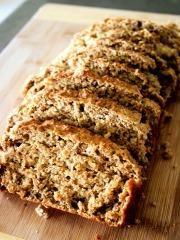 Hleb bez brašna koji vam predstavljamo u današnjem receptu je hranljiv kao i svi ostali pekarski proizvodi, ali i obiluje bogatstvom proteina, vitamina, aminokiselina, masti, ugljenih hidrata i raznih minerala. Samo sadržaj hranljivih vlakana je dvadeset puta veći nego u hlebu koji je uobičajen u širokoj potrošnji. On stimuliše stvaranje crvenih krvnih zrnaca i hemoglobina, pospešuje uklanjanje kancerogenih i toksičnih materija iz organizma, kao i viška holesterola, a preporučuje se i u…