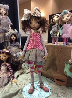 Berdine Creedy Ball Jointed Dolls Best Artist, Artist Art, Bjd, Textiles, Collector Dolls, Ball Jointed Dolls, New Pins, Beautiful Dolls, Fiber Art
