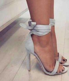 high heels – High Heels Daily Heels, stilettos and women's Shoes Stilettos, Pumps Heels, Stiletto Heels, Hot Heels, Pretty Shoes, Cute Shoes, Beautiful Shoes, High Heel Boots, Shoe Boots