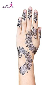 Simple Mehndi Designs  #arabicmehndidesigns #arabichennadesign #mehndidesignssimple #mehndidesigns2019 #mehndidesigns2020 #latestmehndidesigns #simplehennadesigns #mehndidesignseasy #mehndidesignforhandssimple #bridalmehndidesigns Arabic Henna Designs, Latest Mehndi Designs, Bridal Mehndi Designs, Simple Mehndi Designs, Traditional Tattoo Old School, Traditional Tattoo Flash, Henna Leg Tattoo, Tattoo Ink, Leg Tattoos