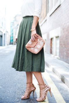 Love the skirt and clutch! Can imagine with a white button up and flats