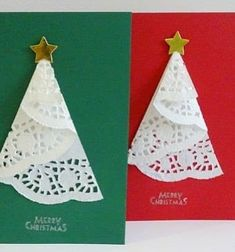 Diy Christmas tree card with doily. You can find the doilies at the dollar store! 3d Christmas, Christmas Tree With Gifts, Christmas Paper Crafts, Homemade Christmas Cards, Homemade Cards, Handmade Christmas, Origami, Dollar Store Christmas, Fingerprints