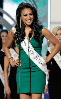Nina Davuluri, first Indian to win Miss America! Congrats India!!