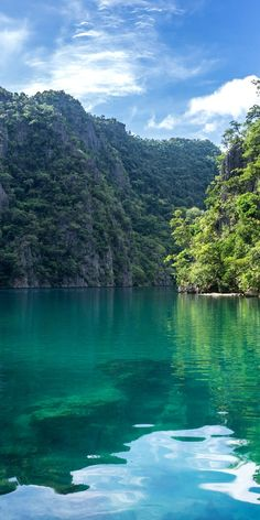 Turquoise lagoon on the island of Coron, Philippines - Jamaica Vacation, Vacation Places, Dream Vacations, Vacation Spots, Beautiful Places To Travel, Cool Places To Visit, Places To Go, Nature Images, Nature Pictures