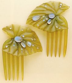 Art Nouveau water lily leaf hair combs