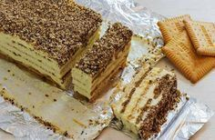 No bake biscuit cake with pudding (recipe + video) - happy foods tube Greek Sweets, Greek Desserts, Pudding Desserts, Pudding Cake, Pudding Recipes, No Bake Desserts, Cake Recipes, Dessert Recipes, Greek Recipes