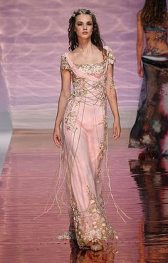 Tony Ward gown for Chloris – Greek goddess of flowers