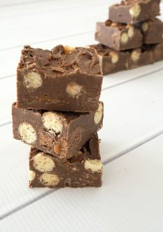 This 4 Ingredient No Bake Malteser and Mars Bar Fudge is the BEST fudge recipe you will ever make!