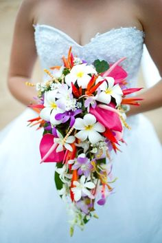 Tropical bouquet! but with orchids instead of frangipani