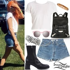 Find out where your favorite celebrities buy their clothes and how you can get their looks for less. Trajes Kylie Jenner, Kylie Jenner Outfits, Versace Backpack, Cartier Love, Vacation Outfits, Festival Wear, Her Style, Pink And Gold, Denim Skirt