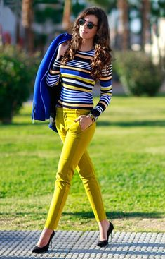 Striped top and yellow pants Colourful Outfits, Cool Outfits, Summer Outfits, Casual Outfits, Fashion Outfits, Womens Fashion, Fashion Trends, Cheap Fashion, Work Casual