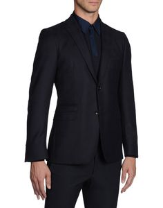 Enter the world of Ermenegildo Zegna and discover our menswear collections: suits, jackets, shoes and accessories for formal and casual occasions. Cool Outfits For Men, Formal Jacket, Flannel, Cashmere, Suit Jacket, Menswear, Suits, Sexy, Casual