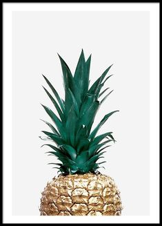 Poster with golden pineapple on light gray background. Nice trendy poster that . Poster with golde Cute Pineapple, Gold Pineapple, Poster Poster, Scandinavian Wallpaper, Scandinavian Design, Pineapple Wallpaper, Image Deco, Clip Frame
