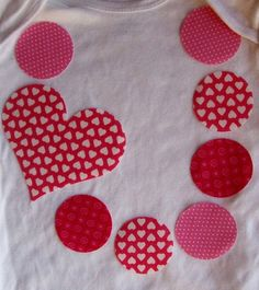 cute applique design... Valentine's shirt for Elah... possibly with her red skirt from Christmas?