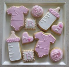 Complete set for baby girl shower Baby Cookies, Baby Shower Cookies, Cute Cookies, Royal Icing Cookies, Cupcake Cookies, Sugar Cookies, Baby Cake Design, Cupcakes, Cookie Gifts