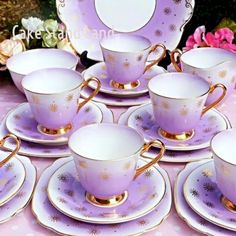 English vintage china tea sets and teapots to buy for your vintage event. We have a huge stock of tea cups and saucers, cake stands , tea sets and lots more. Tea Cup Set, My Cup Of Tea, Tea Cup Saucer, Vintage China, Tea Sets Vintage, Vintage Teapots, Vintage Party, Vase Deco, Sushi Set