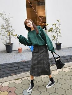 ファッション ファッション in 2020 Muslim Fashion, Modest Fashion, Skirt Fashion, Hijab Fashion, Fashion Outfits, Japanese Outfits, Korean Outfits, Japanese Fashion, Korean Street Fashion