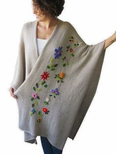 Beige pelerine poncho with flowers by AFRA image 1 Record of Knitting String spinning, weaving and sewing jobs such as for instance BC. Embroidery On Clothes, Silk Ribbon Embroidery, Crewel Embroidery, Hand Embroidery Designs, Embroidery Patterns, Knitting Patterns, Crochet Pikachu, Poncho Crochet, Mode Abaya