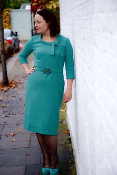 Joan dress: not so little, not so jumpy High Street Trends, Sew Over It, Dress Images, Silk Organza, Chic Dress, Vintage Sewing Patterns, Dressmaking, Vintage Looks, Sewing Box