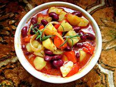 Ziemniaki z fasolą na ostro | Tradycyjna kuchnia