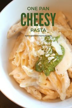 This one pot cheesy pasta dish is a must make for dinner ASAP...trust me this will become a new favorite!!
