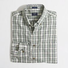 <ul><li>Cotton.</li><li>Slim fit, cut more narrowly through the body and sleeves.</li><li>Button-down collar.</li><li>Machine wash.</li><li>Import.</li></ul>