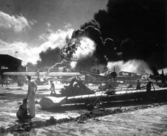 Pearl Harbor as it was happening - Old Photos Taken from Important Moments in History