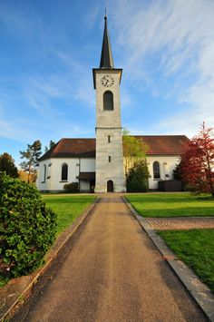 Ref. Kirche, Langenthal (BE) Switzerland, Sidewalk, Explore, Places, Photos, Side Walkway, Sidewalks, Exploring, Pavement