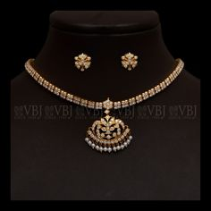 """Obtain excellent recommendations on """"buy diamond ring"""". They are actually offered for you on our internet site. Antique Jewellery Designs, Gold Earrings Designs, Gold Jewellery Design, Necklace Designs, Diamond Jewellery, Diamond Choker, Antique Jewelry, Diamond Necklace Simple, Buy Diamond Ring"""