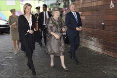 La Cour Royale Neerlandaise: La Princess Beatrix au Musee Neerlandais du Film