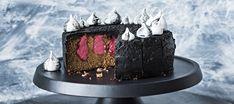Halloween-kakku Soggy Bottom, Halloween, Candy, Baking, Sweet, Desserts, Food, Ideas, Bread Making