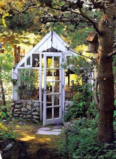 Every thought about how to house those extra items and de-clutter the garden? Building a shed is a popular solution for creating storage space outside the house. Whether you are thinking about having a go and building a shed yourself Cottage Garden Sheds, Cottage Garden Design, Cottage Garden Plants, Cottage Gardens, Herbs Garden, Diy Garden, Garden Bed, Best Greenhouse, Backyard Greenhouse