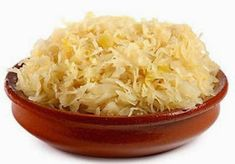 Fermented Foods and Your Health - Hippocrates Health Institute Canning Sauerkraut, Homemade Sauerkraut, Probiotic Foods, Fermented Foods, Dieta Paleo, Cooking Recipes, Healthy Recipes, Different Recipes, Sauerkraut
