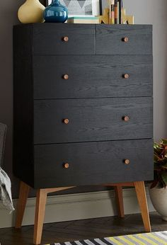 beautiful dress drawers  http://rstyle.me/n/pn6qwpdpe
