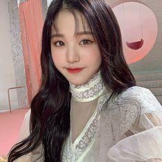 iz*one wonyoung icon ♡ don't reupload! Korean Girl, Asian Girl, Jang Wooyoung, Forever Girl, Japanese Girl Group, Just Girl Things, The Wiz, Sweet Girls, Ulzzang Girl
